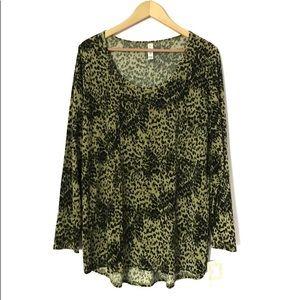 Green cheetah print lynnae top